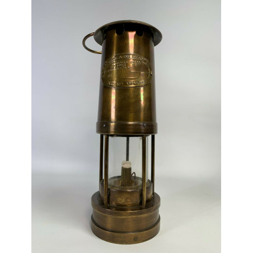 British Coal Mining Co. Brass Miners Lamp Made In Wales, UK, Aberaman Colliery - Paraffin