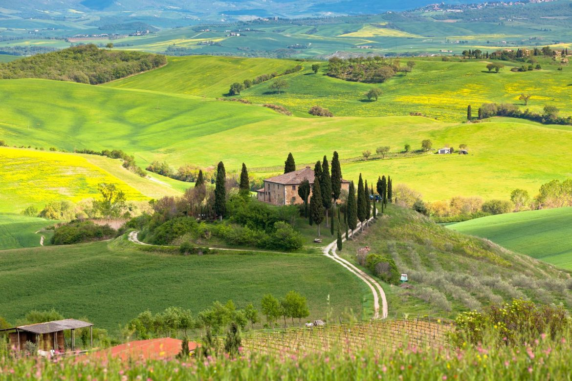 Discover Tuscany with our local buddy Mirka