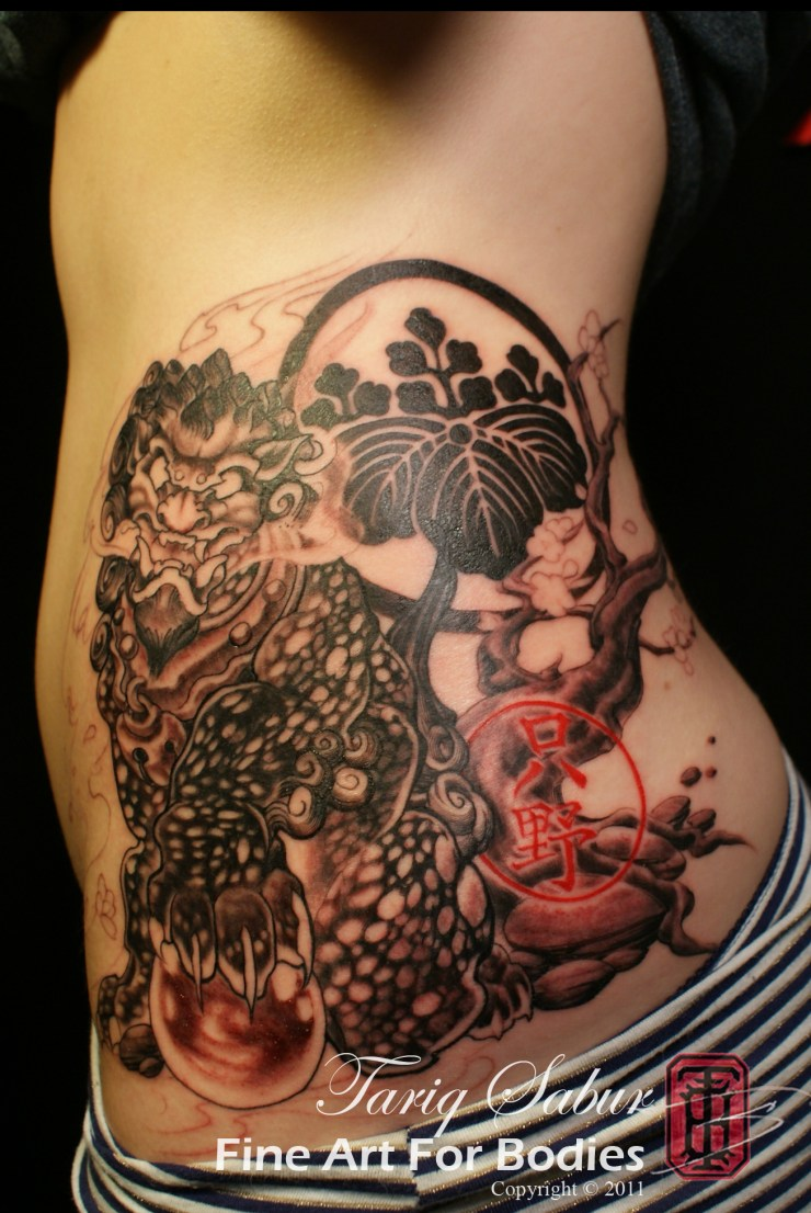 Fu Dog Lion Japanese Family Crest Sakura tree Cherry Blossom asian tattoo tempe fine art for bodies tattooist tariq sabur studio 6