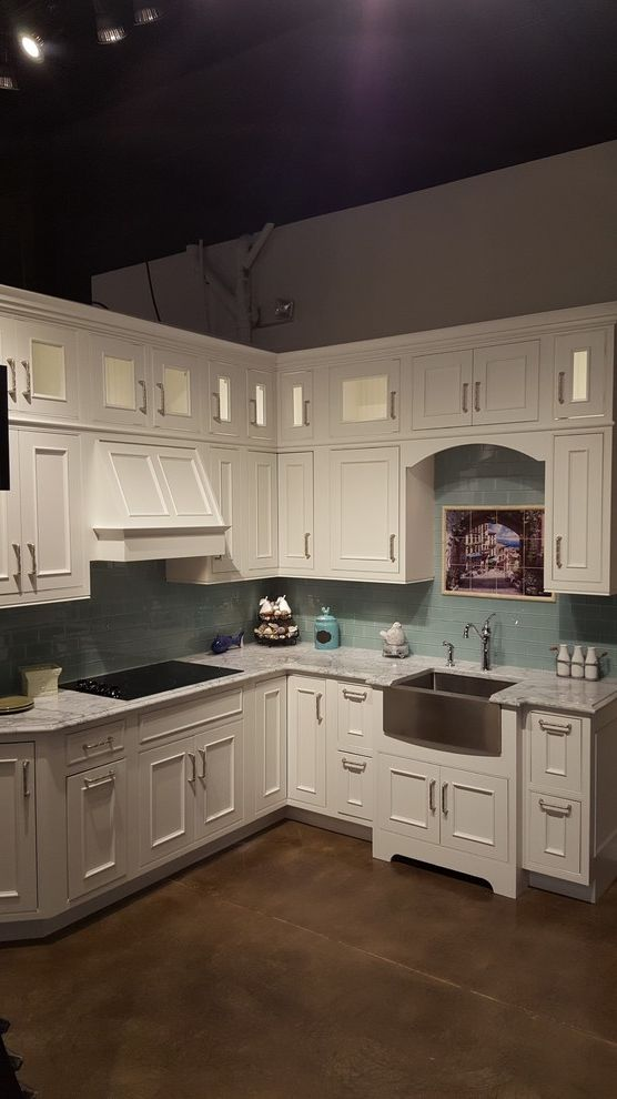 Midsouth Appliances With Craftsman Kitchen And Bar Area Bathroom