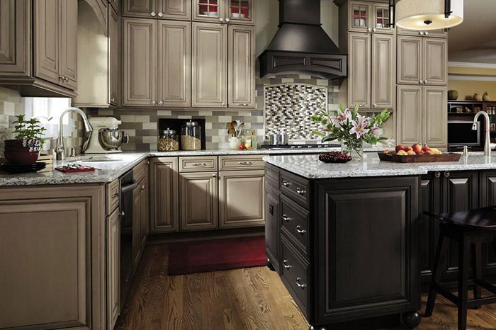 Fine Line Kitchens is Decora cabinet dealer