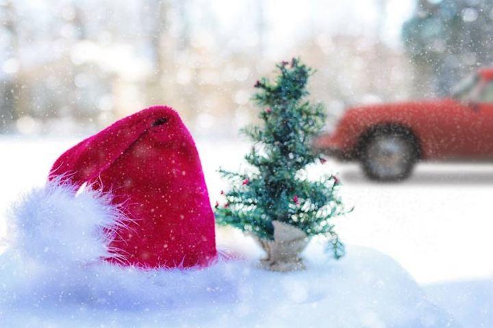 Der Weihnachtsmann fährt Porsche