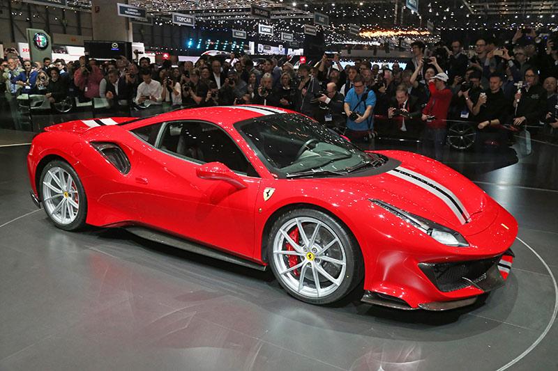 Ferrari 488 Pista mit dem V8-Motor des Jahres