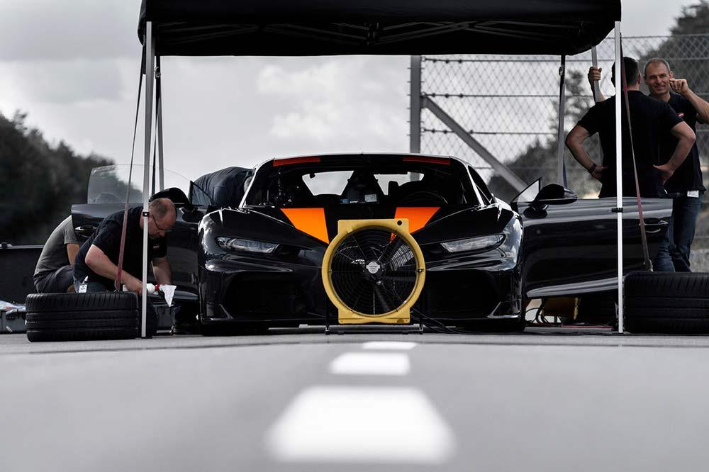 Bugatti Chiron Vorserienfahrzeug