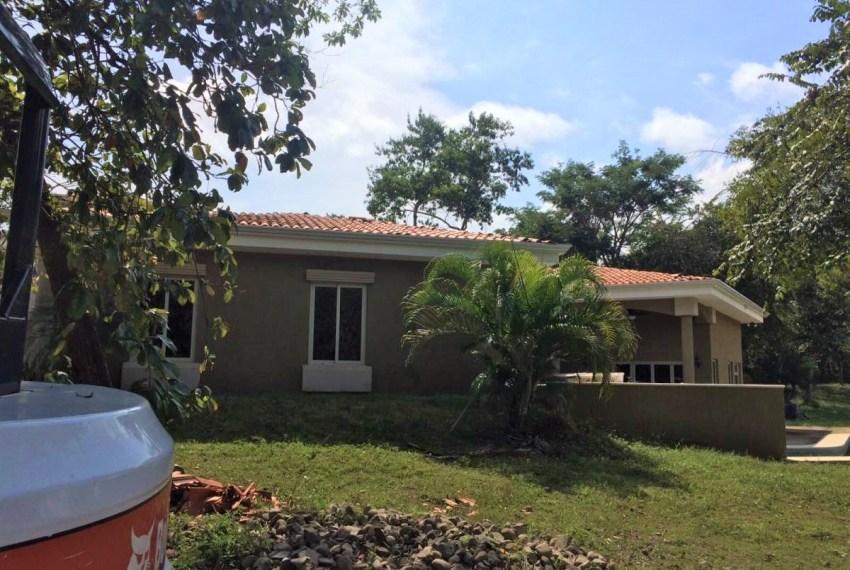 Build in Costa Rica Casa Flora finish