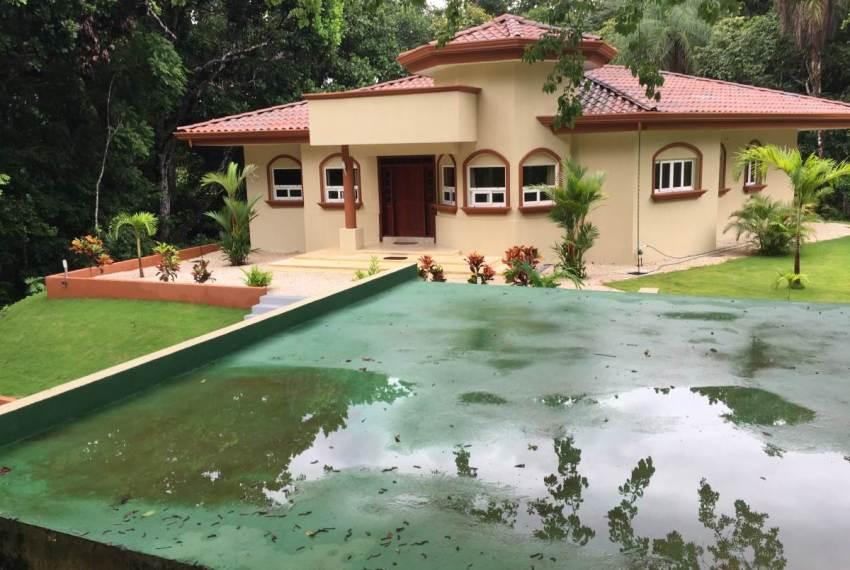 Casa Jardin retire with landscape