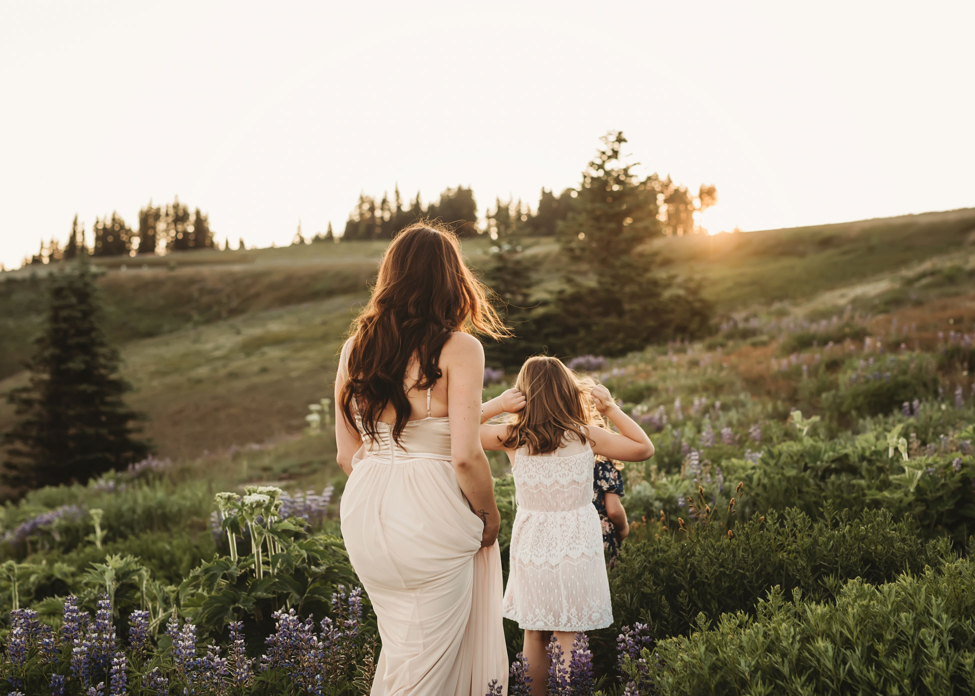 mountain top session with mama and daughters