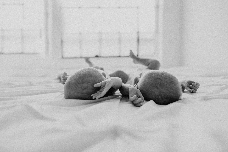 lifestyle newborn twin session in the seattle studio