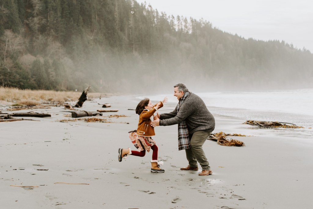 dad and daughter beach portrait