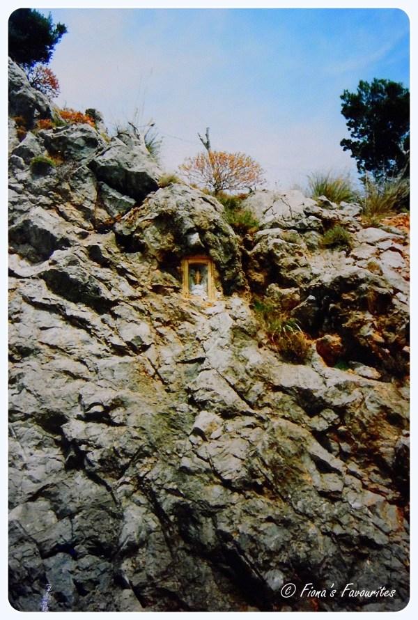 ValdemossaShrine1999