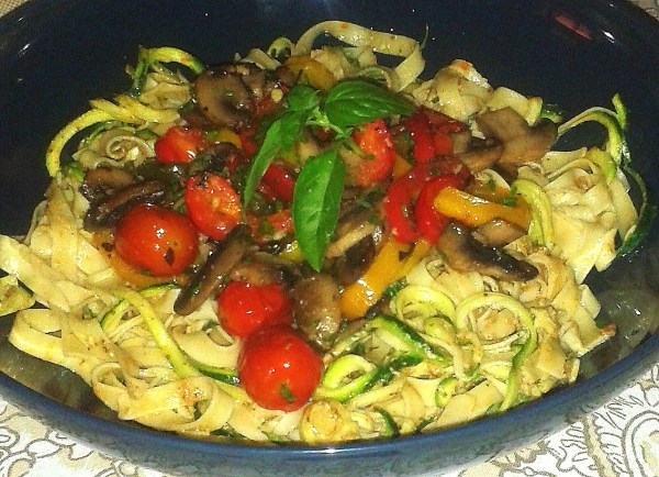 Pasta_zoodle_warmSalad_2016