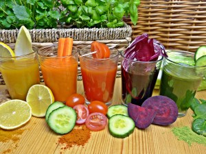 different kinds of healthy drinks