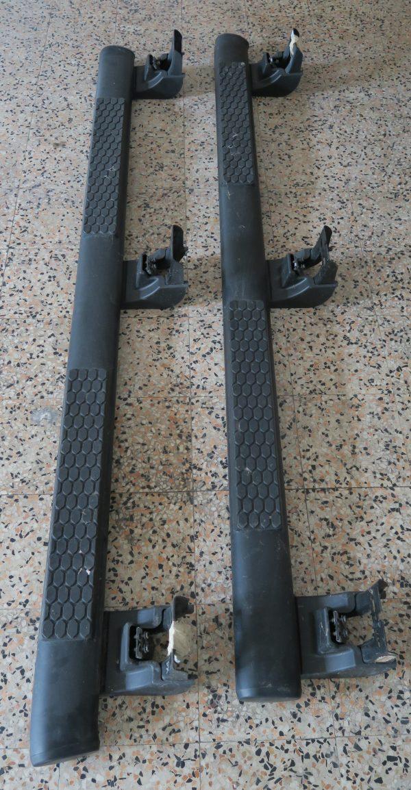 pedane laterali acciaio verniciato nero fioravanti motors ricambi