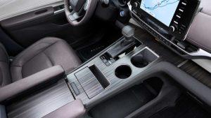 Toyota Sienna Fioravanti Motors
