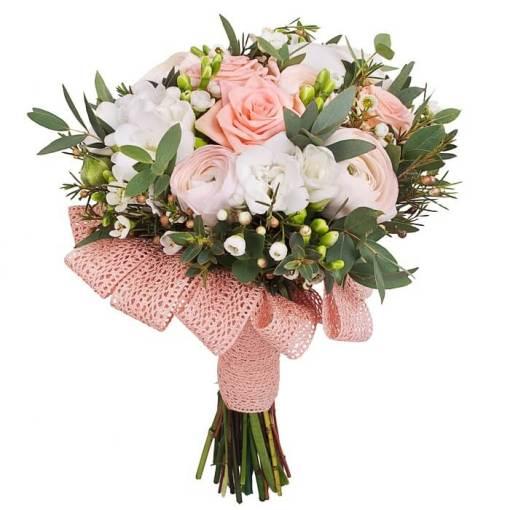 bouquet primavera rosa e bianco con verdi di stagione