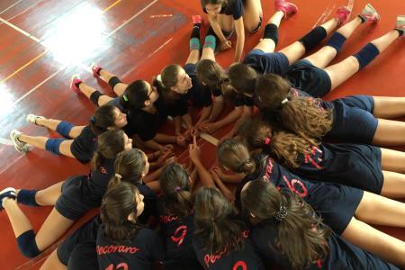 Volley S3: La Scuola Media Pecoraro Campione Regionale ai Giochi Sportivi Studenteschi