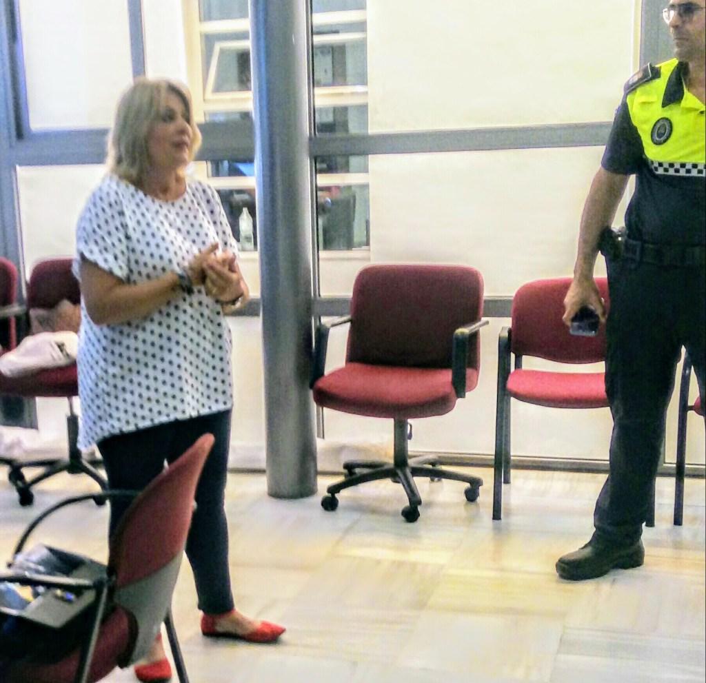 Verónica del Toro, Guardia de Seguridad y Voluntaria de Proteccón Civil del Puerto Santa María (Cadiz)