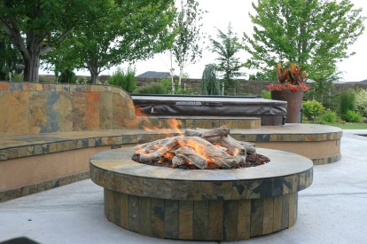 fire-and-water-outdoor-kitchen-55