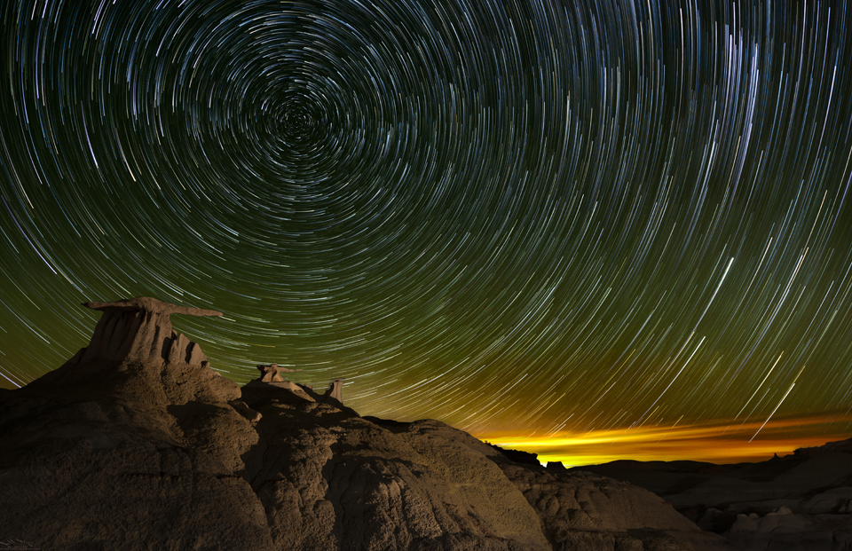 Bisti Badlands: star trails Stone Wings night photography