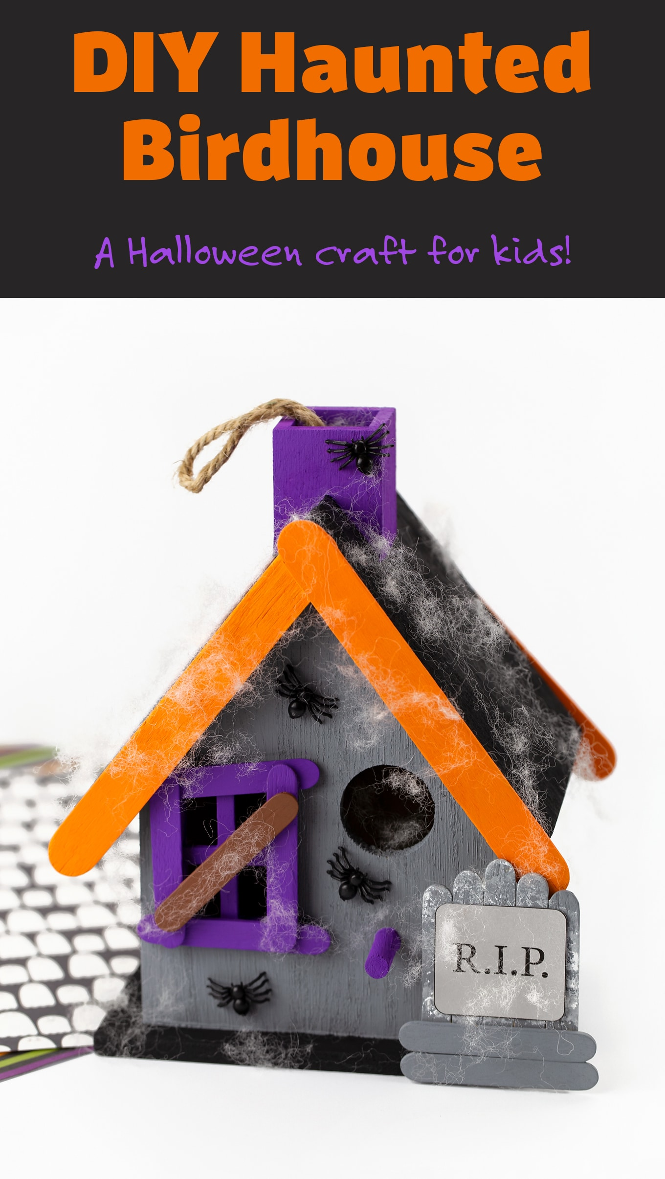 Learn how to make a Haunted Birdhouse craft for kids! It's a little bit spooky, but a lot of fun to decorate for Halloween night! #hauntedbirdhouse #halloweencraft #craftforkids via @firefliesandmudpies