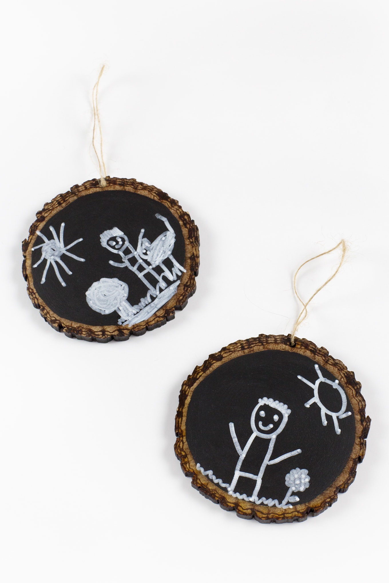 How to Make Easy and Fun DIY Chalkboard Keepsake Ornaments