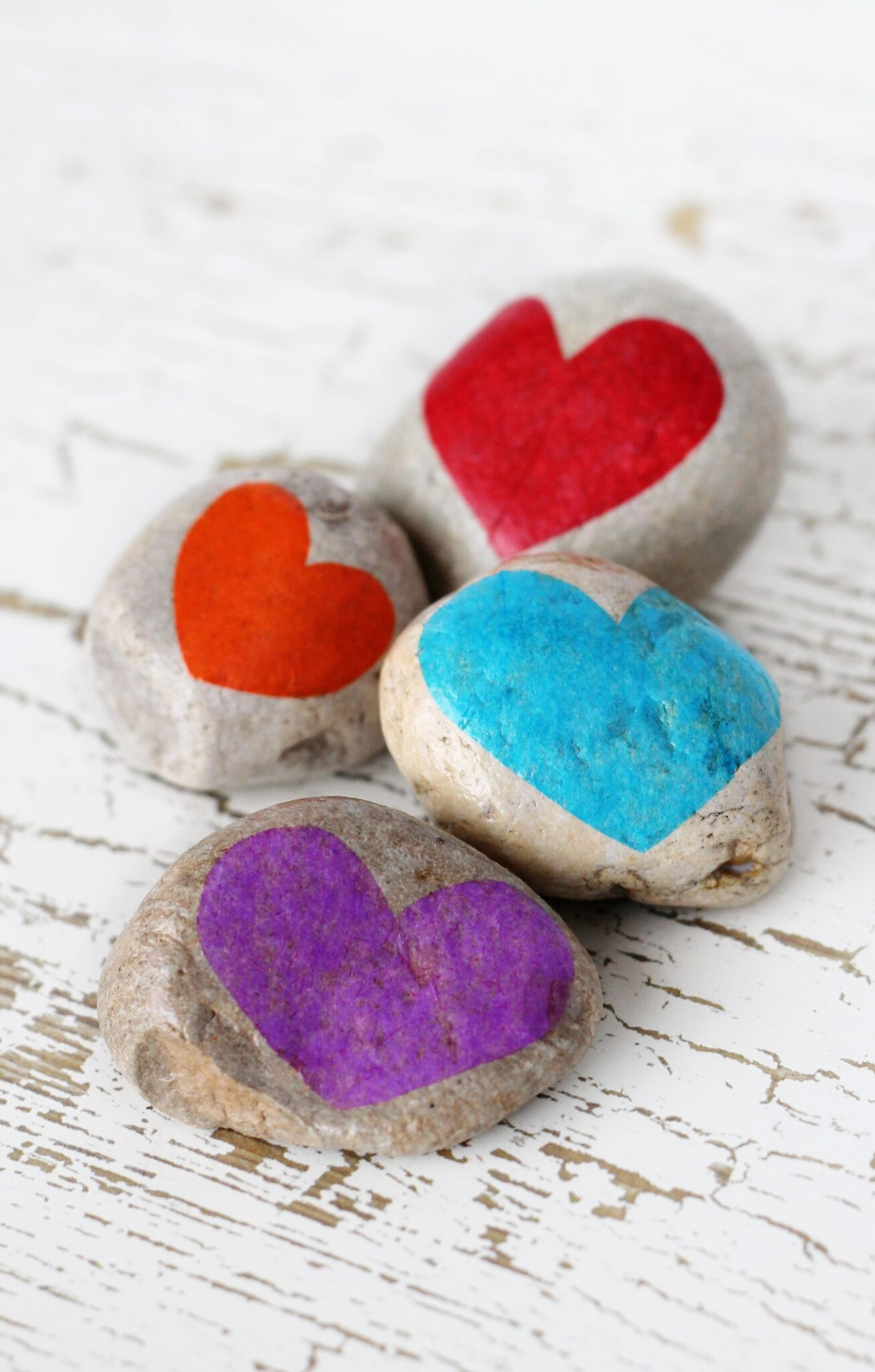 Learn how to use Gratitude Stones to cultivate a sense of gratitude, an important social-emotional skill that can increase happiness andimprove health.