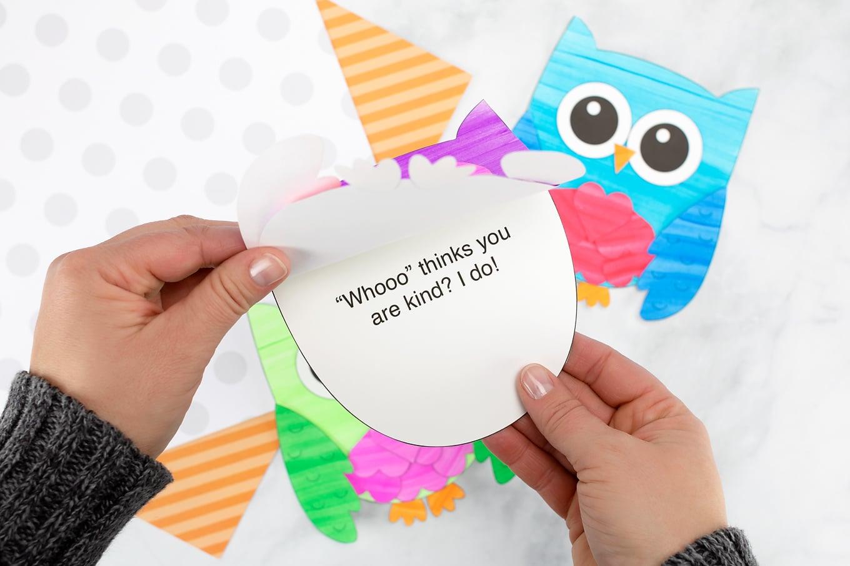 """Whooo thinks you are kind? I do!"" Owl Valentine"