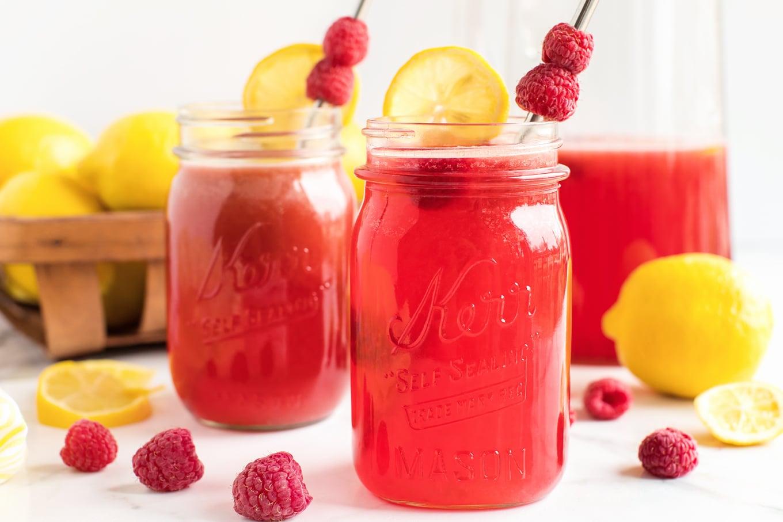 Fresh Homemade Raspberry Lemonade in Mason Jars