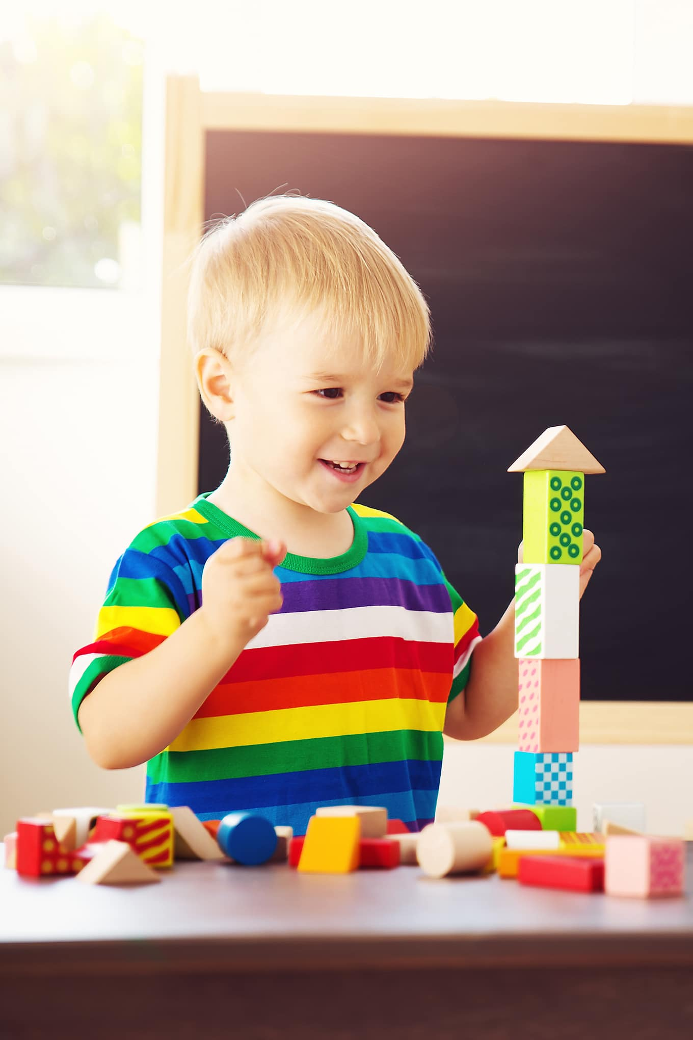 Are you searching for the best toys for kids who love to build? Don't fret! I have the most awesome list you will ever need! Boys and girls who love to build enjoy a wide range of toys including tracks, blocks, bricks, and marble runs. Here's the Best Gifts for Builders.