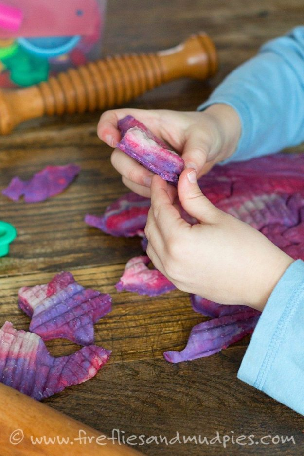 Marbled Valentine's Day Playdough   Fireflies and Mud Pies