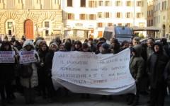 Dipendenti comunali: continua la protesta