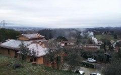 Elezioni con la neve in Toscana, spargisale in azione