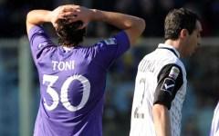 Fiorentina, Toni verso l'addio: la soluzione migliore