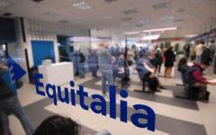 Tasse: Equitalia, cancellate le cartelle inferiori a 300 euro