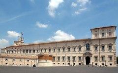 Napolitano corre dietro a Renzi
