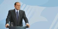 Silvio Berlusconi al centro del primo scontro della grande coalizione