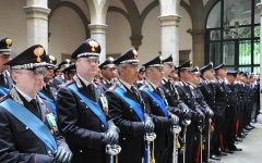 Una medaglia d'oro ai carabinieri toscani feriti a Roma