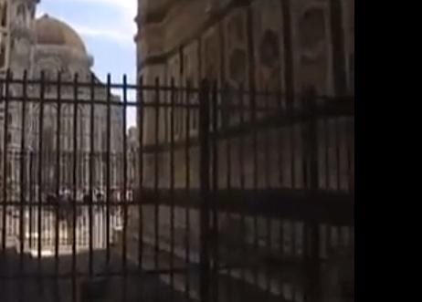 Piazza Duomo luogo di degrado, secondo l'allarme lanciato da Franco Lucchesi (Opera del Duomo)