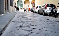 Buche nelle strade a Firenze, la trappola del risarcimento