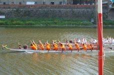 I Dragon Boat in Arno