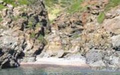 Precipita da una scogliera all'Isola d'Elba, morto escursionista