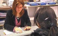 Toscana, lavoro: spariscono i centri per l'impiego delle Province. Nasce l'Agenzia regionale: riceverà 300 mila persone l'anno