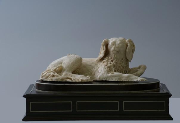 Uno degli avori barocchi della mostra fiorentina «Diafane passioni»