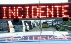 Firenze, scontro frontale: motociclista muore sul viadotto