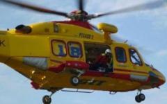Arezzo, motociclista finisce in una scarpata. Salvato da pompieri ed elicottero del 118