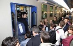 Toscana, treni dei pendolari: «A Montevarchi quasi tutti in ritardo»