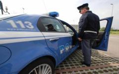 Firenze: sfrattato minaccia di buttarsi dal ponte all'indiano. Bloccato da polizia e vigili del fuoco