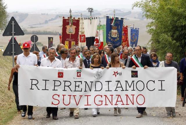 La marcia per Suvignano