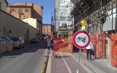 Cassazione: pedone invase la pista ciclabile e ferì una ciclista: ora dovrà risarcirla