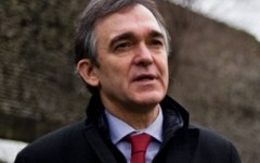 Enrico Rossi, il presidente della Toscana è il più amato d'Italia